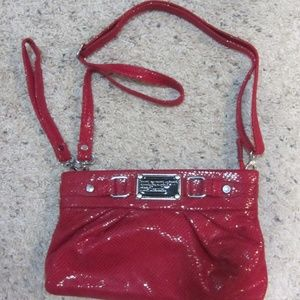 MARC BY MARC JACOBS RED CLUTCH WRISTLET / STRAP